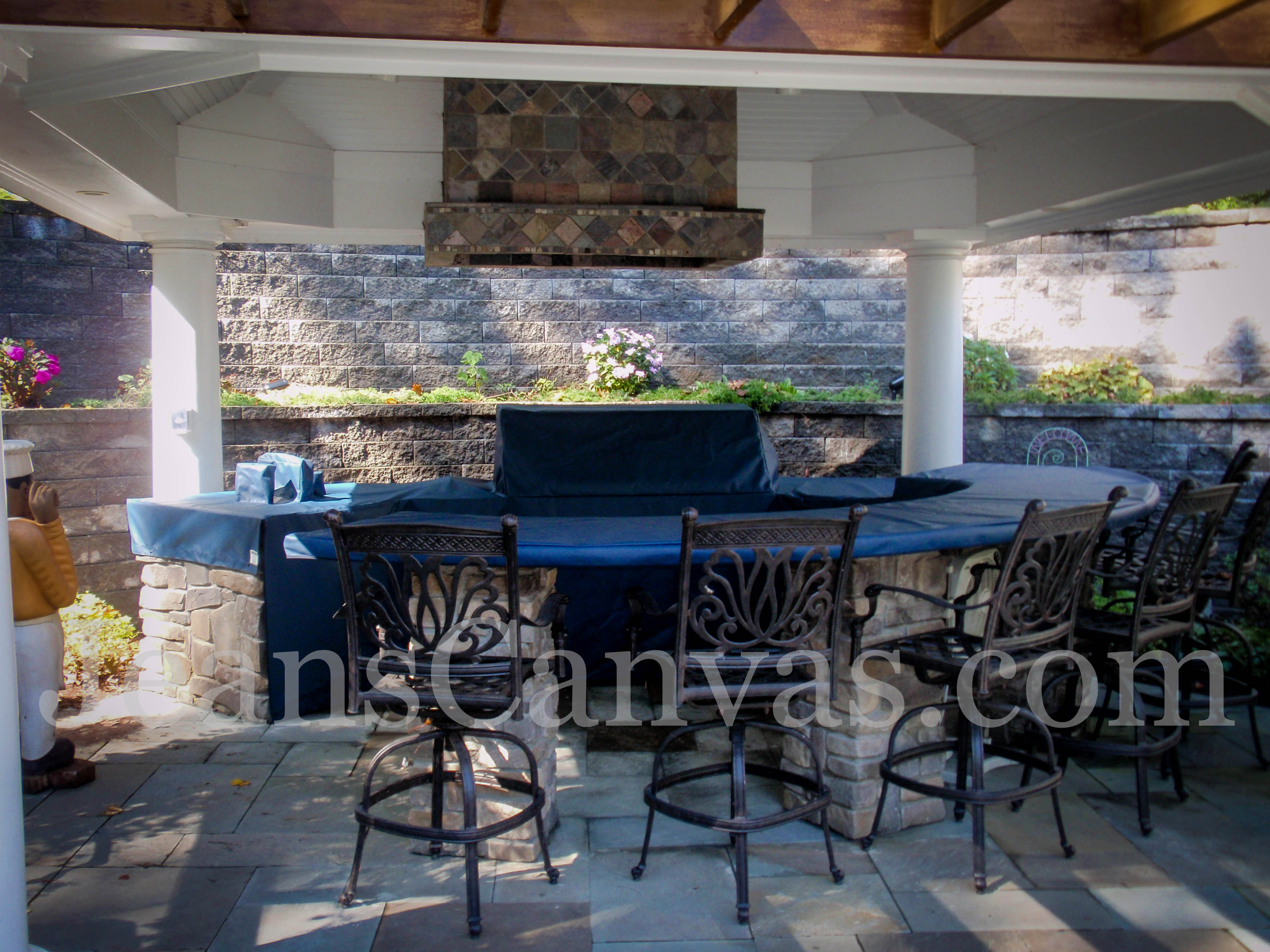 custom outdoor kitchen covers 204