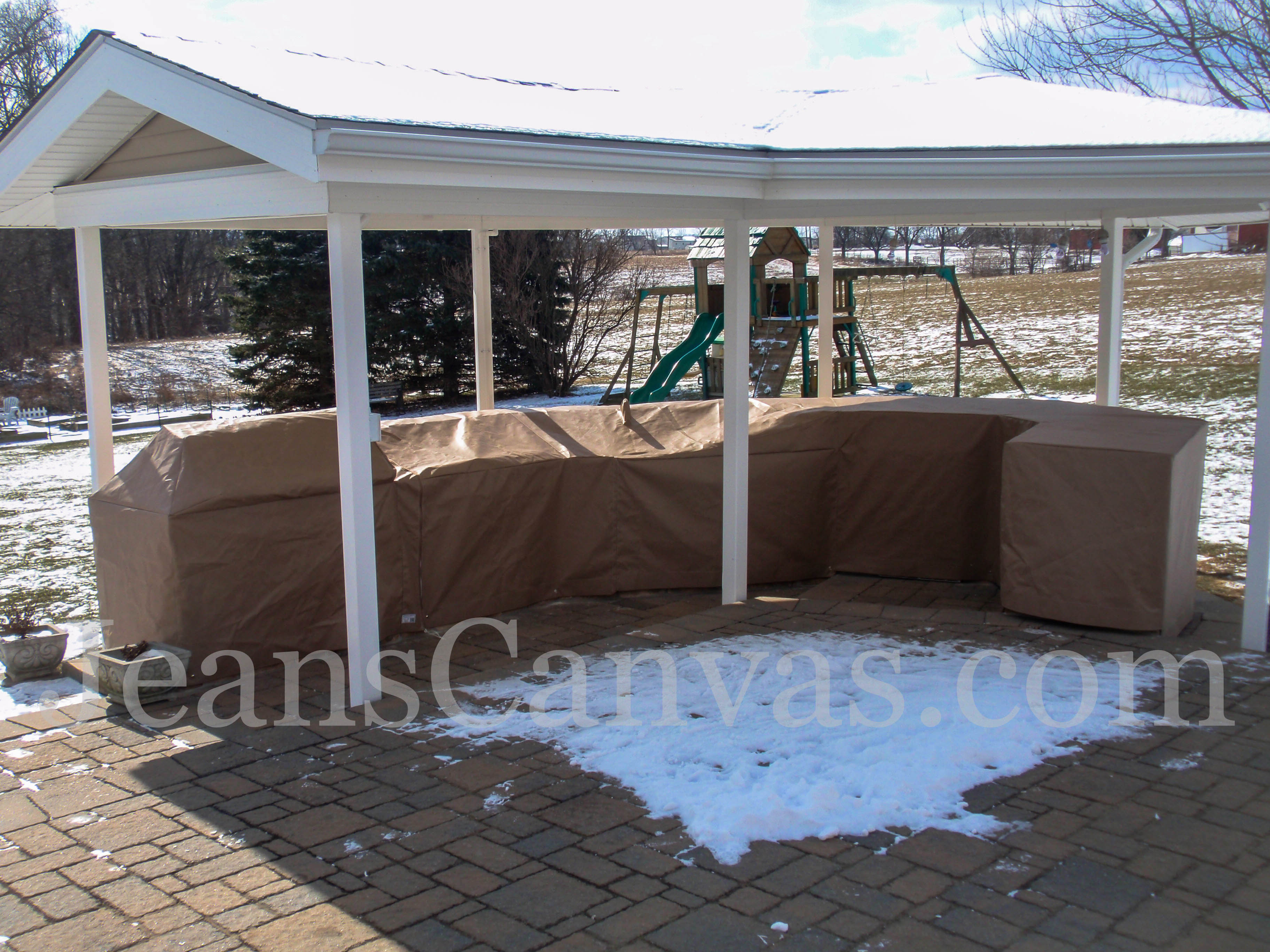 custom outdoor kitchen covers 215