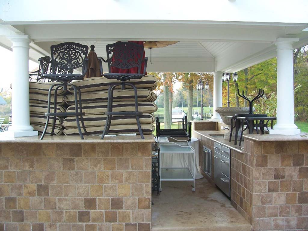 3 custom outdoor bar cover